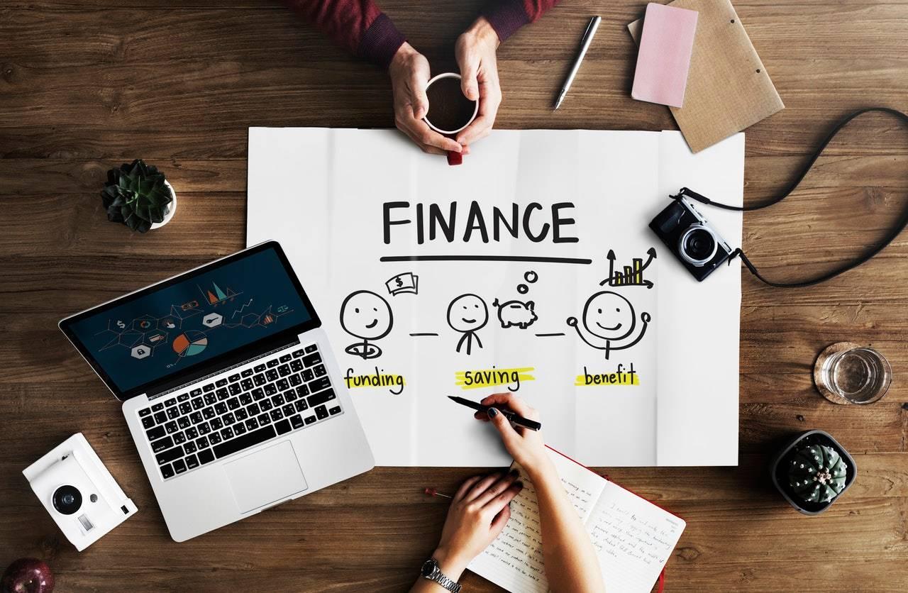 Independent Financial Advisor (IFA)
